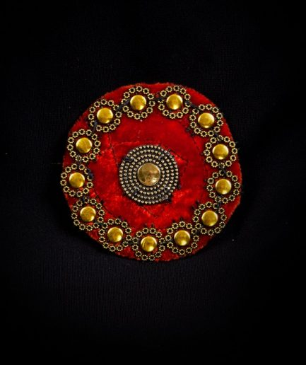 Tribal Medaillon - Velvet - dunkelrot