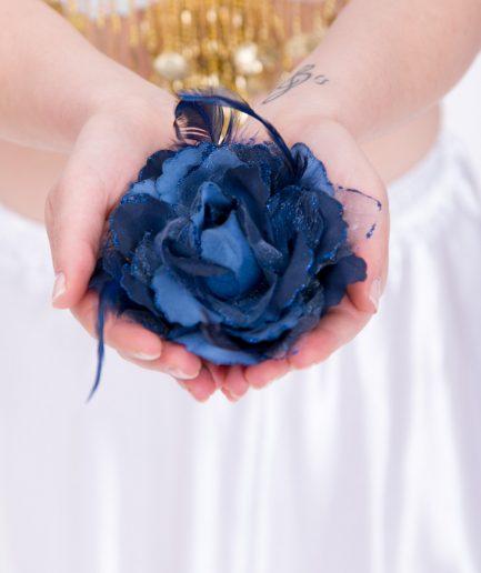 Blumen-Haarschmuck Gül - graublau