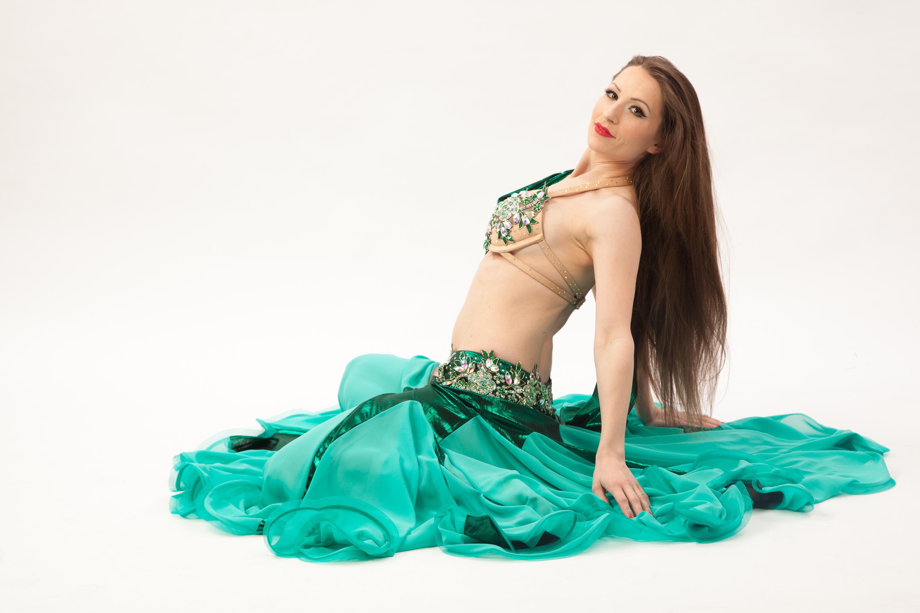 Belly Dance Costume Mitra 2-tlg.- Gr.34-38 - grün3